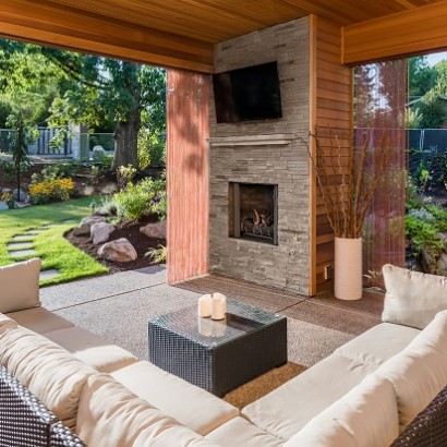 How to Set up TV in the Backyard