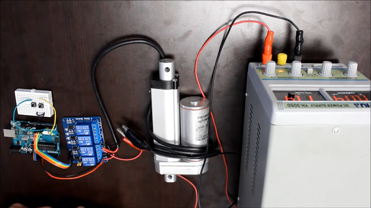 Arduino Controlled Linear Actuator: How Does It Work ?12V Actuators